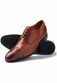 Tan Henderson Shoe With Rubber Sole