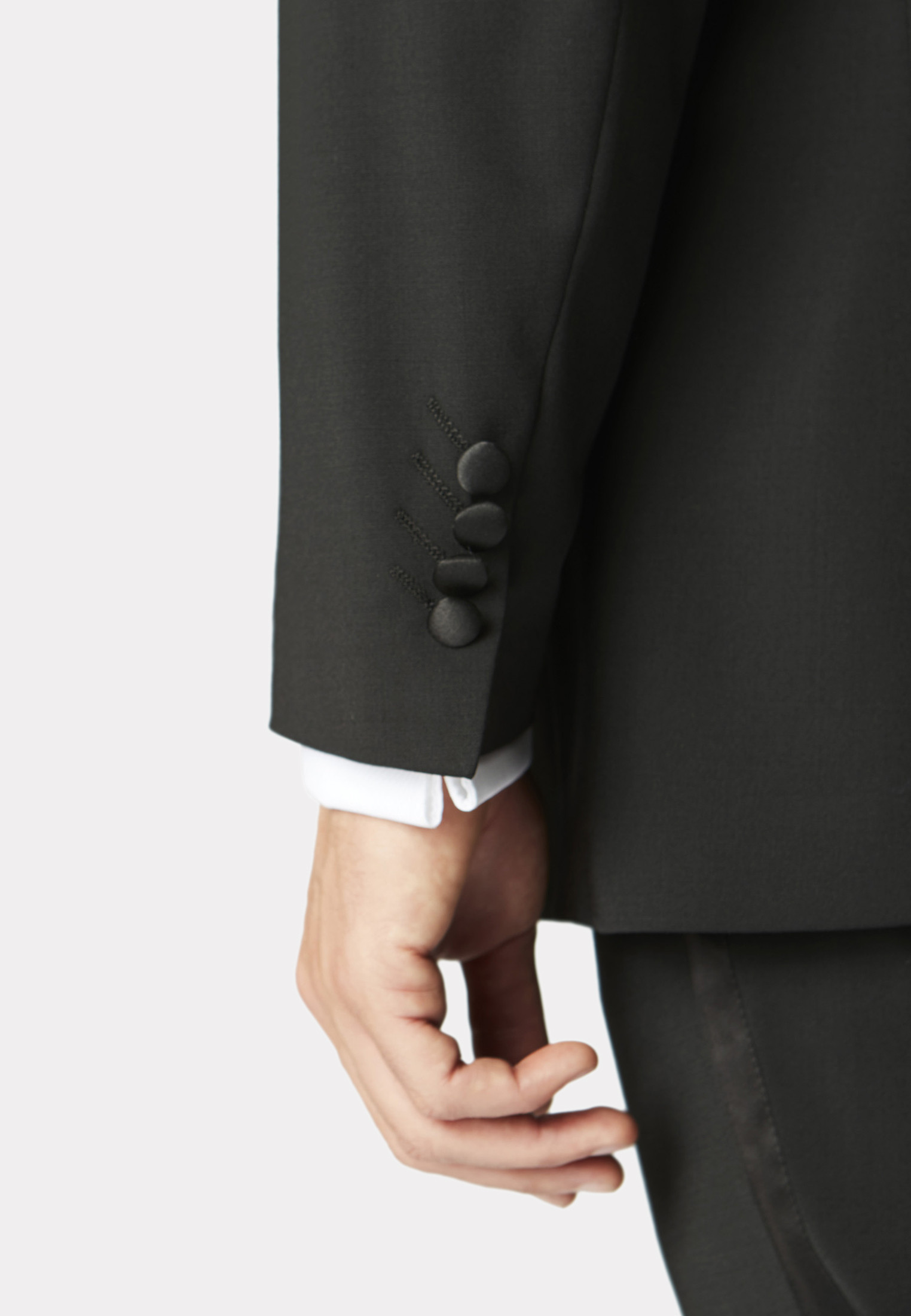 Sapphire Tailored Fit Dinner Suit
